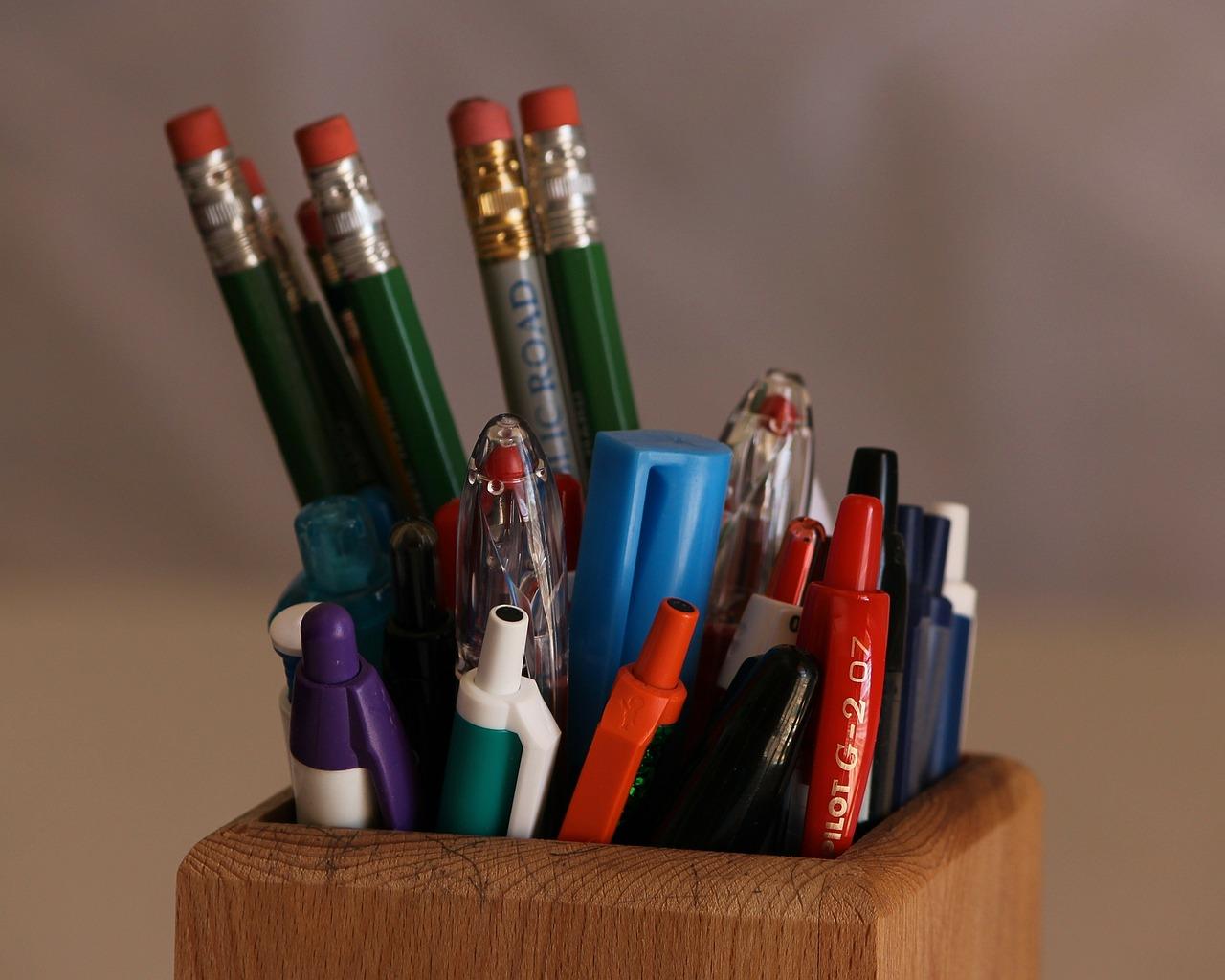 pencils-93817_1280